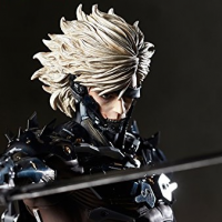 Metal Gear Rising Revengenance: Raiden 1/6 Pre-owned