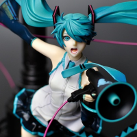 Miku Hatsune: Love is War ver. DX Pre-owned