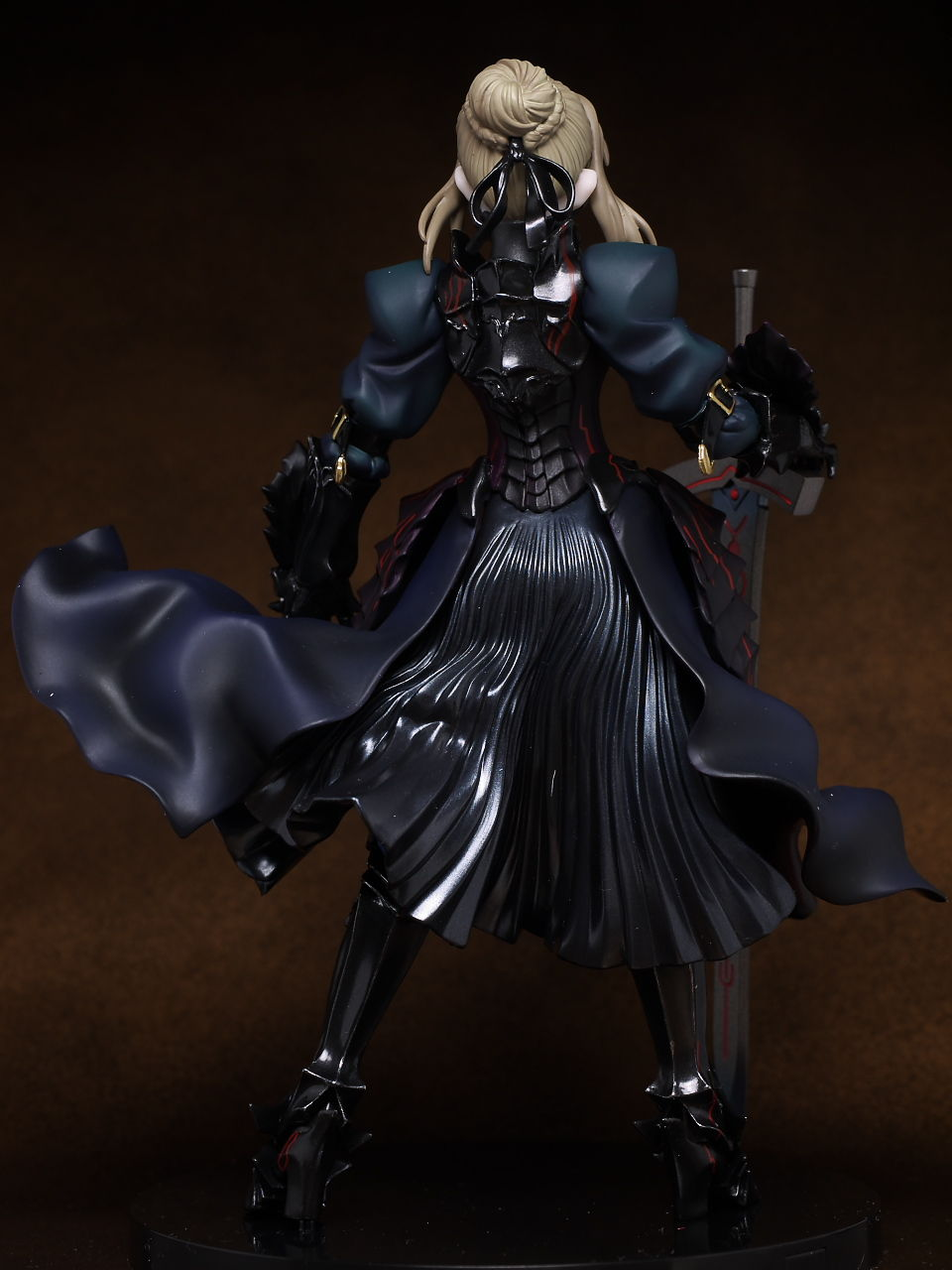 Saber Alter 1/8 Movic A/B - Click Image to Close
