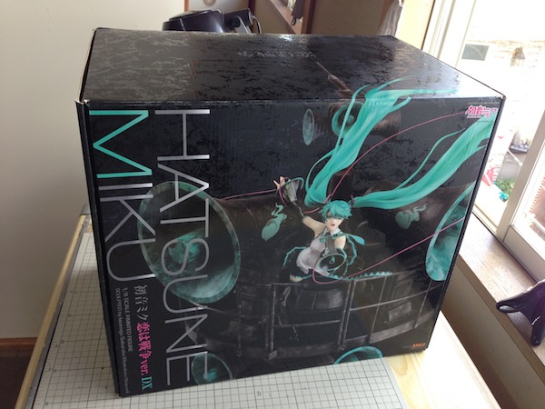 Miku Hatsune: Love is War ver. DX A/B - Click Image to Close
